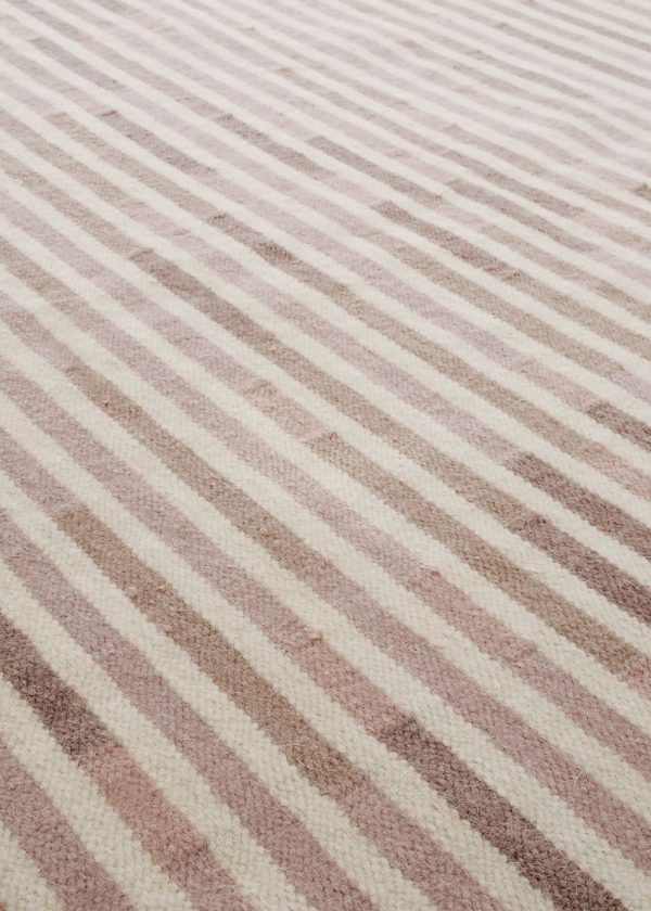 I+I_Tempo Uno_warmgrey, wool tappeto carpet rug handwoven design in Milan Italy India detail