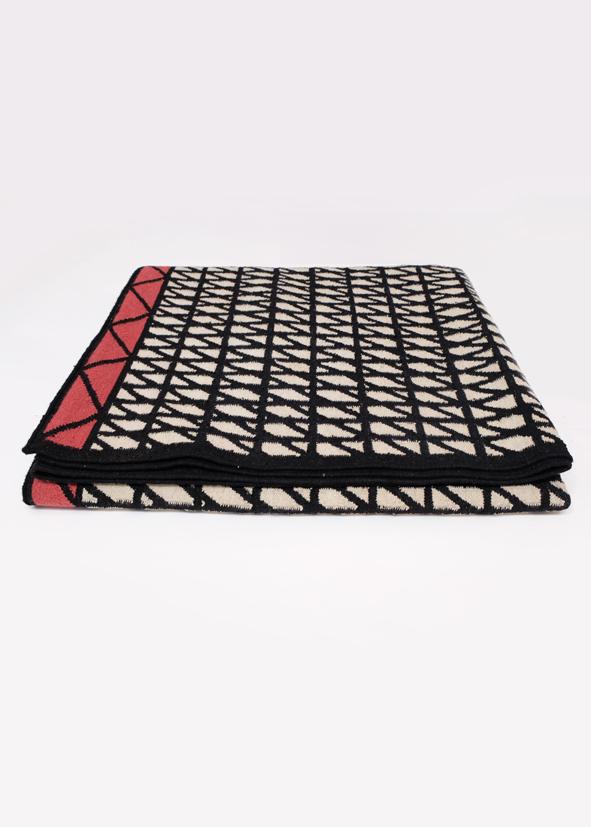 i-and-i hatch tappeto rug handmade india