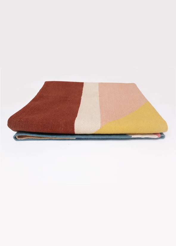 i-and-i morning dream tappeto rug handmade india